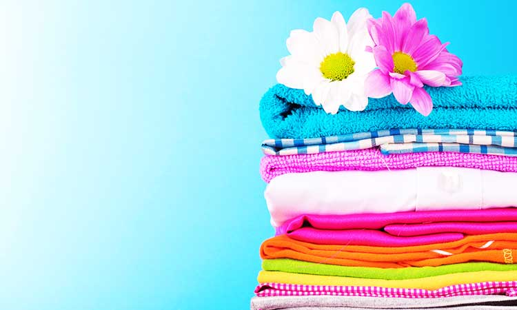 how to make laundry smell good, colorful towels
