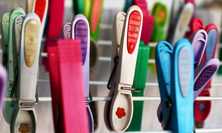 Pinzas para la ropa de colores