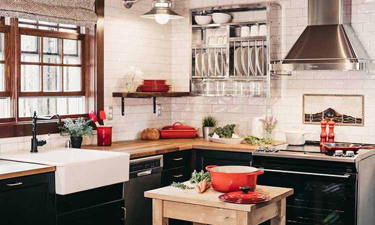 schwarz-weiße Küche