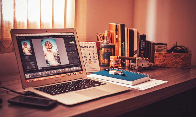 graphic design laptop home