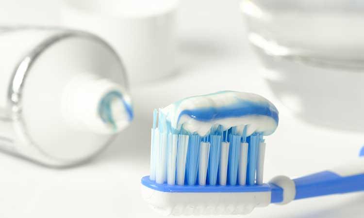Zahnpasta zur Waschmaschinendichtung
